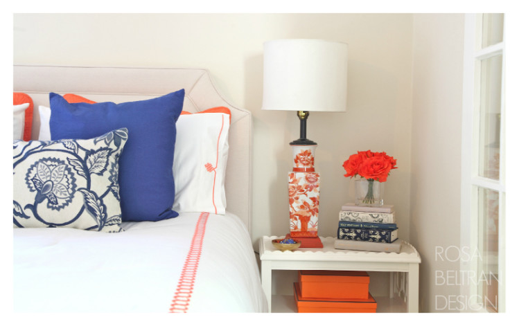 ORANGE-BLUE-BED-CLOSE
